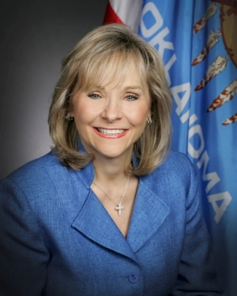 Gov. Mary Fallin works to keep death penalty in Oklahoma