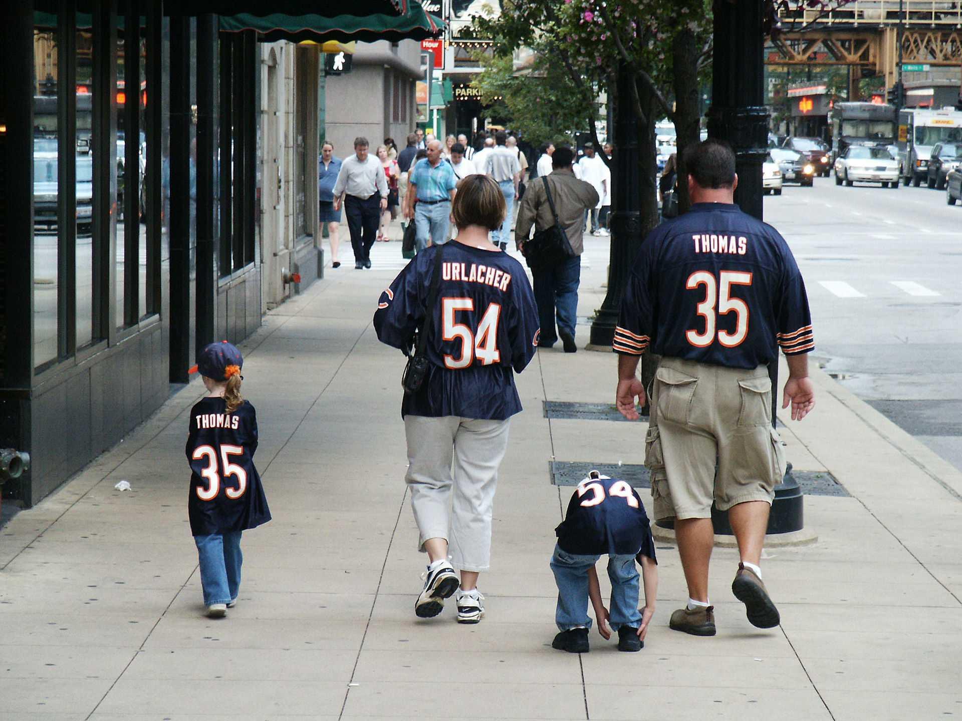 Bears fans walking downtown. Image taken from Wikimedia Commons.