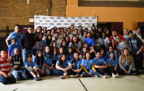 Volunteers and mentors from NEIU and UIC at The Corkery Elementary Back-to-School Kick-Off.