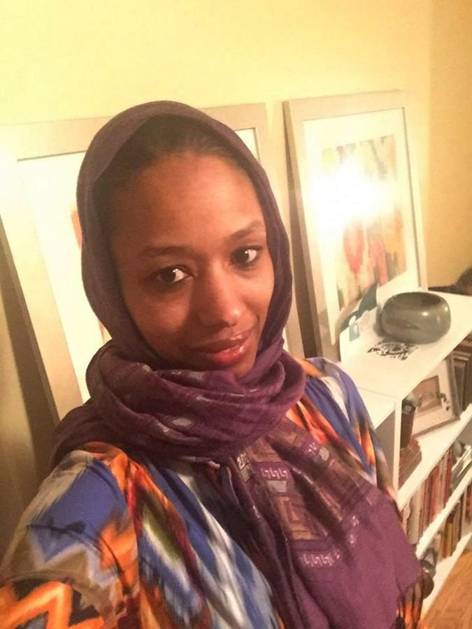 Dr.+Larycia+Hawkins+posing+in+her+hijab.%2FPhoto+courtesy+of+Larycia+Hawkins+via+Facebook