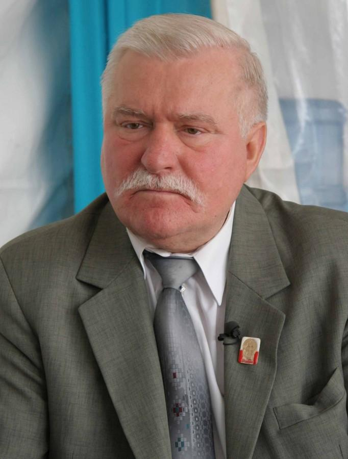 Lech+Walesa%2C+who+won+the+Nobel+Peace+Prize+in+1983+and+a+former+President+of+Poland%2C+has+had+to+fend+off+accusations+that+he+was+a+paid+communist+informant.