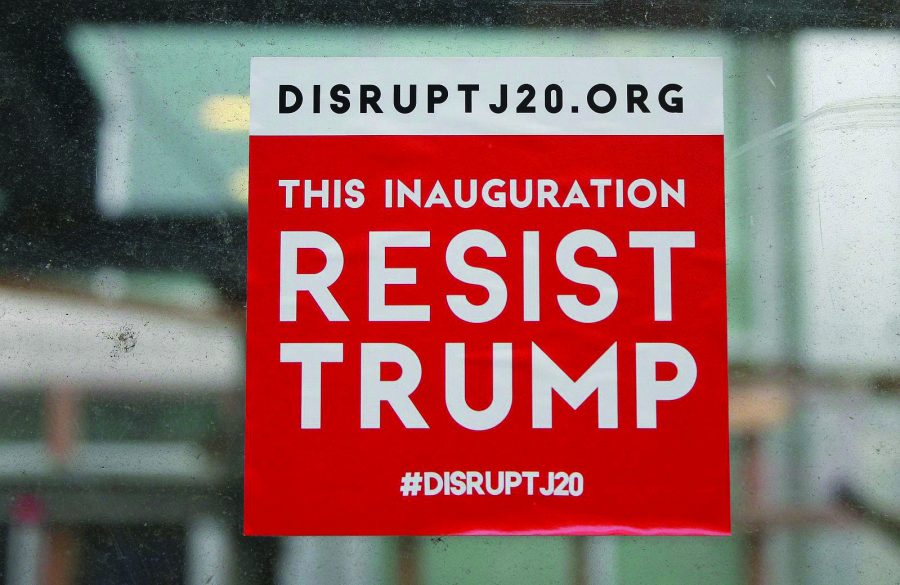 Demonstrations++ared+up+across+the+nation+this+past+weekend+either+to+resist+Trump%E2%80%99s+presidency+or+to+make+a+statement+of+solidarity.