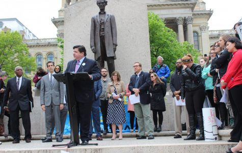 BREAKING: Illinois Gov. J.B. Pritzker recommends canceling all large summer events