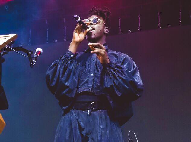 Moses+Sumney+during+his+performance+on+Saturday%2C+July+21.