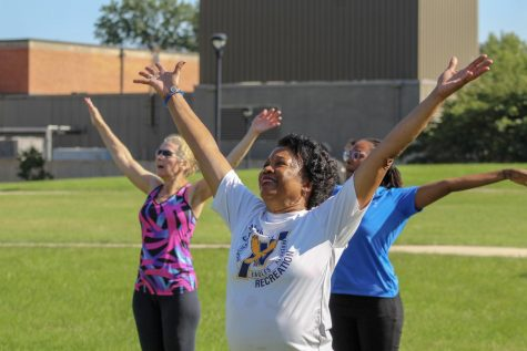 Groovin' with Gibson: Zumba with the President