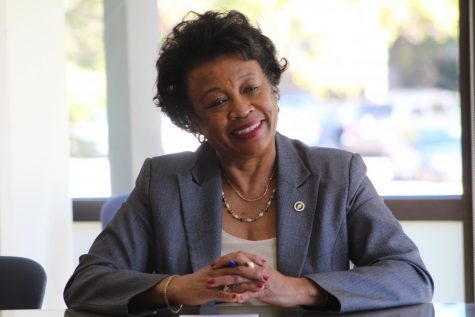 NEIU President Gloria J. Gibson during her open office hours on Oct. 17. Photos by Maleydi Roman.