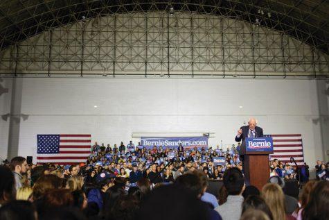 Bernie Sanders Stops in Chicago
