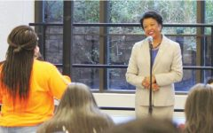 NEIU president and provost pledge money to undocumented students