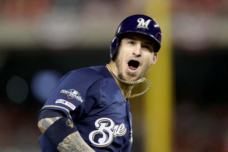 White Sox ink All-Star Yasmani Grandal to four-year deal